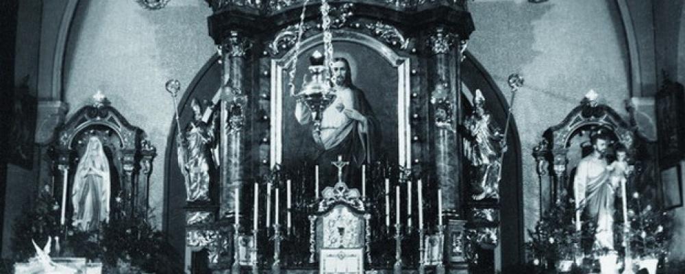 Kaple, rok 1942 - Oltář v nemocniční kapli