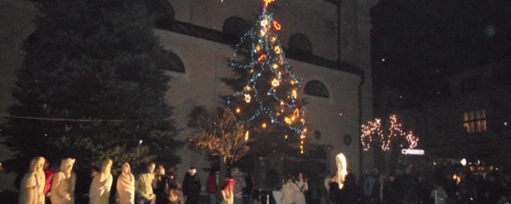 Příjezd sv. Mikuláše na náměstí v Počátkách