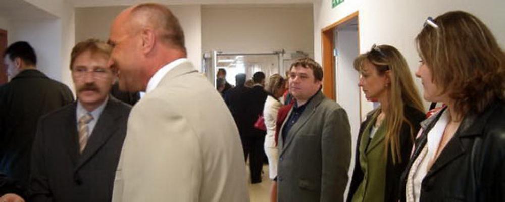 Otevření prvních dvou stanic s lůžky následné péče, rok 2005 - Prohlídka rekonstruovaných prostor.